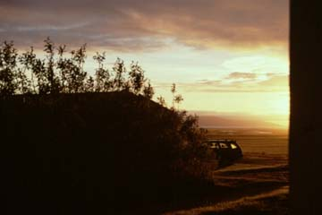 Sonnenuntergang bei Laugarbakki
